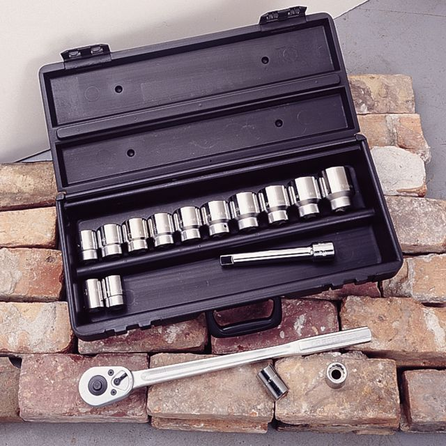 16 pc. 12. pt. Standard 3/4 in. Dr. Socket Wrench Set