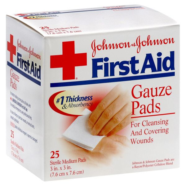 Johnson and Johnson First Aid Gauze Pads Medium 25 pads JOHNSON and JOHNSON HEALTH BABY