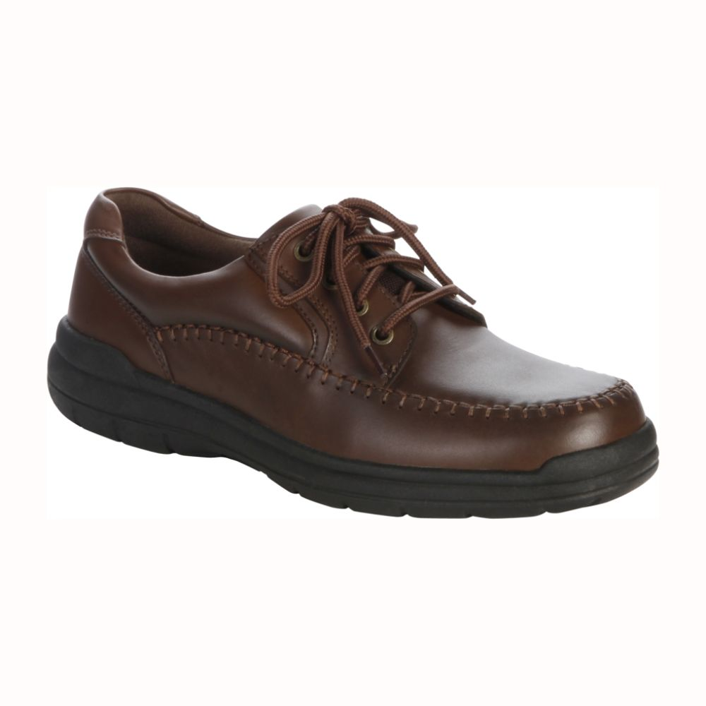 Thom McAn Men's Norris Oxford Walking Shoe WW - Brown $ 34.99