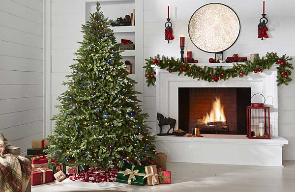 Up to 50% off Christmas tree & decor