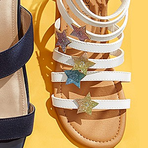 Sandals & flip flops up to 40% off