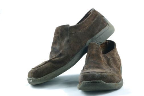 cleaning suede shoes how to remove water stains from