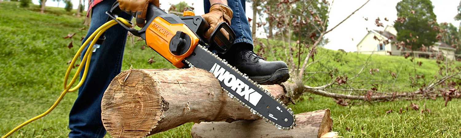 Chain Saws 101: Chain Saw Safety Tips