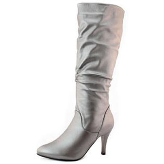 Woman's Pointed Toe Boot