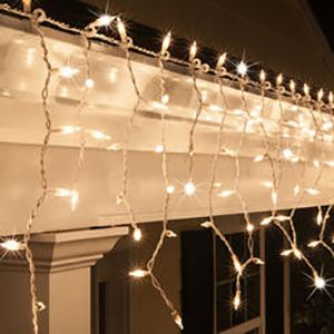 Icicle lights on home