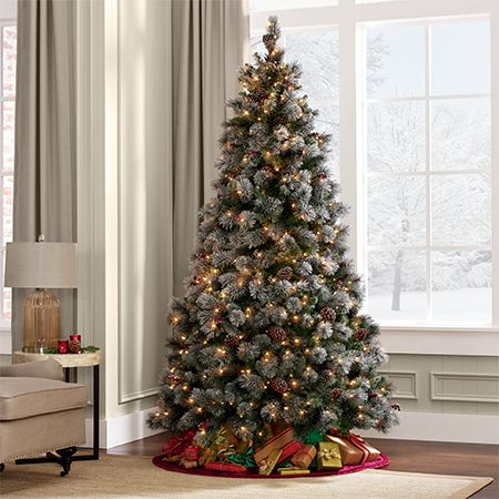 fully decorated christmas tree - Fully Decorated Christmas Tree