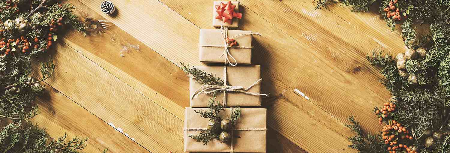 3 Quick Tricks to Spruce Up Your Gifts