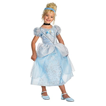 Girl in Cinderella Deluxe Halloween Costume