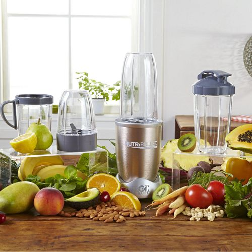 NutriBullet Pro 900 with fruits and veggies