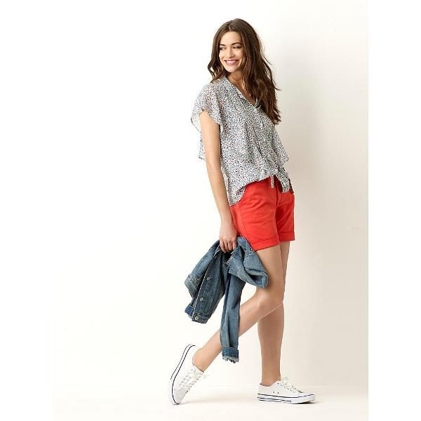 Simply Styled Twill Shorts & Cold Shoulder Top