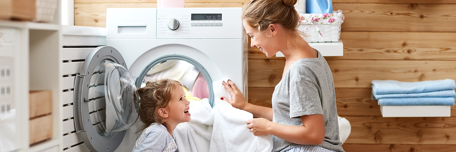 Get your clothes clean with washers and dryers with Accela Wash®