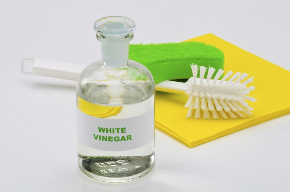 cleaning vinegar solution