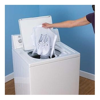 Can You Put White Shoes In The Washing Machine