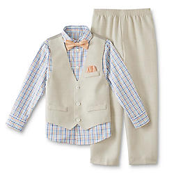 Browsing through the range of boys polo T-shirts, shorts, boys jeans, dungarees, ethnic wear and other boys clothes online, you surely are going to agree on this fact. With stylish clothes for boys, you are going to love dressing up your son while you are going to attend a .