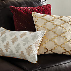 Pillows, Throws & Slipcovers