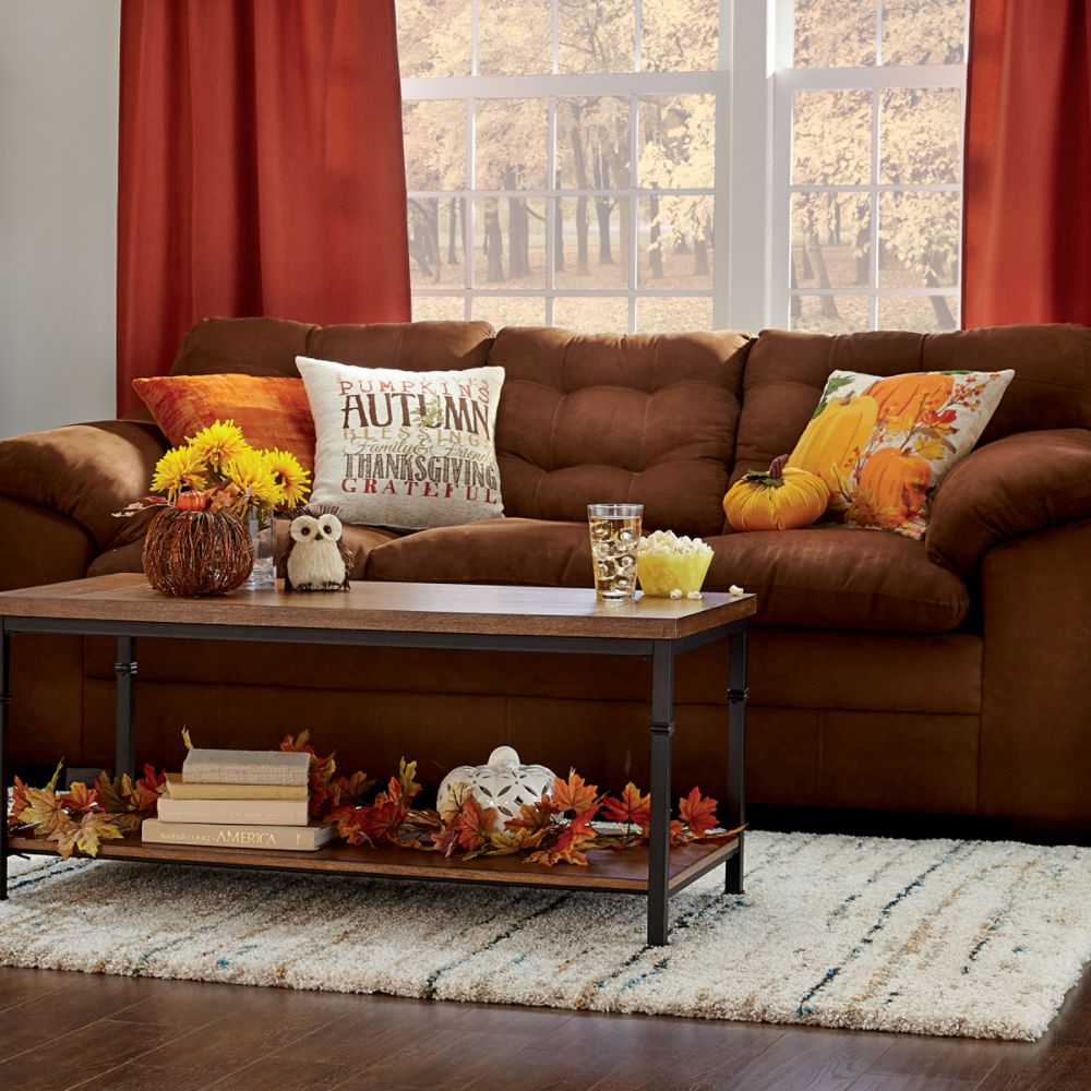 Harvest Themed Living Room