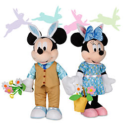Easter Decor and Plush Toys