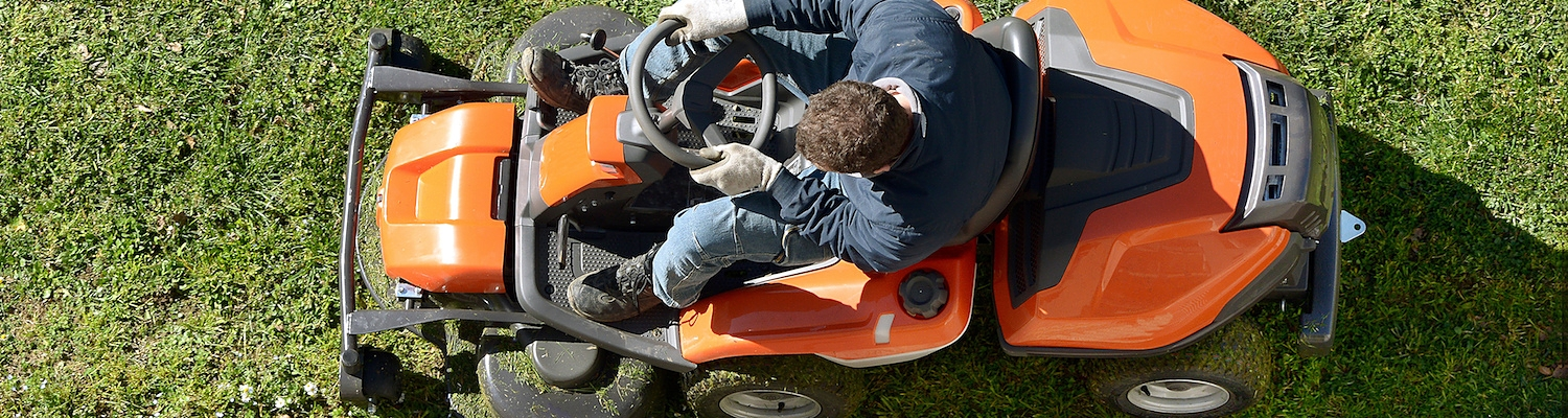 Find the right lawn mower for your budget