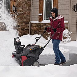 Single vs. Two Stage Snow Blower
