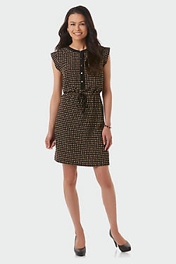 Shop Brooks Brothers selection on women's petite clothing and take advantage of discount prices. Legendary quality and customer service are a click away.