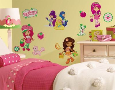 RoomMates  Strawberry Shortcake Peel & Stick Wall Decals