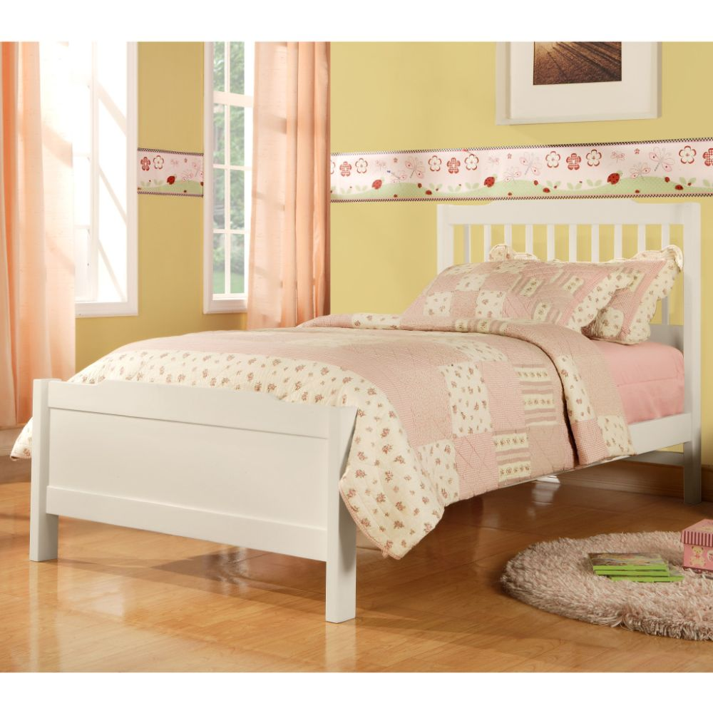 Oxford Creek Twin Bed in White $ 171.19