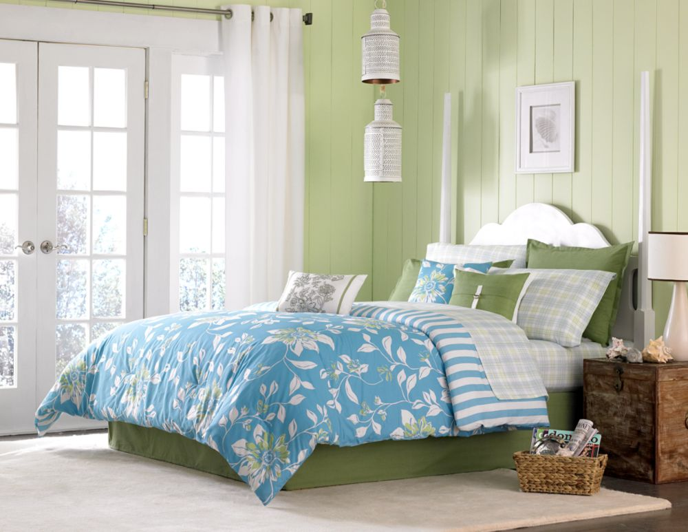 Cannon Watercolor Floral Comforters
