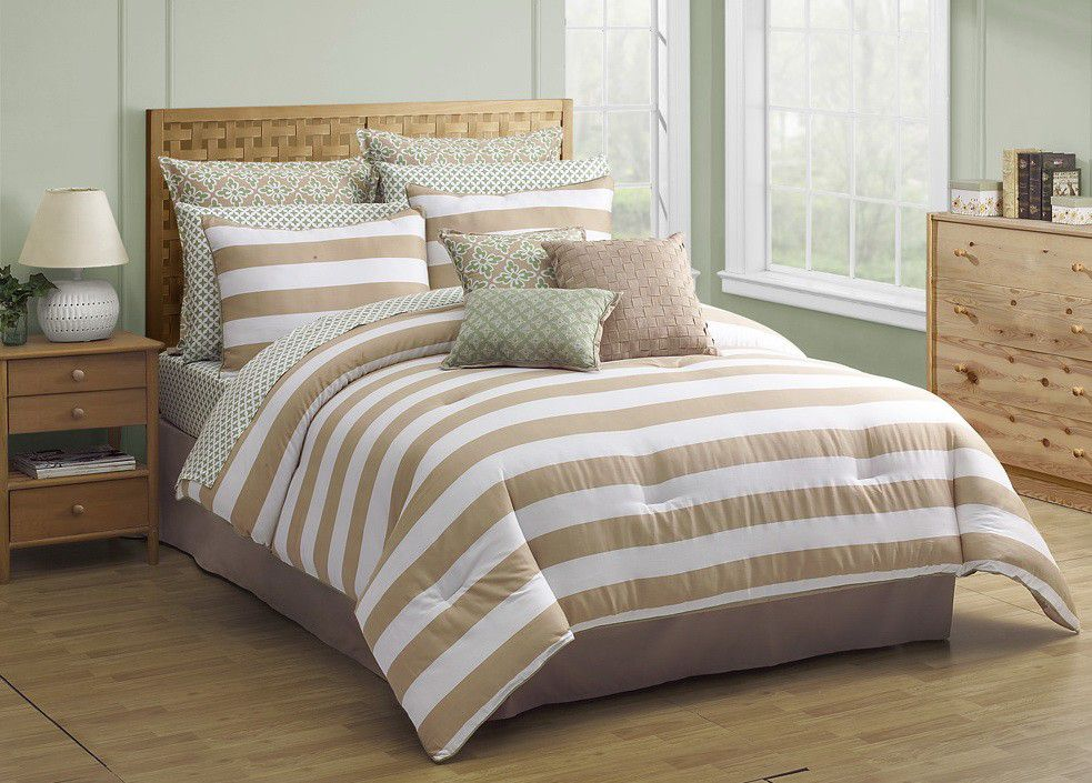 The Covington comforter is designed to provide year-round medium warmth with loft, baffle box construction, and fabric