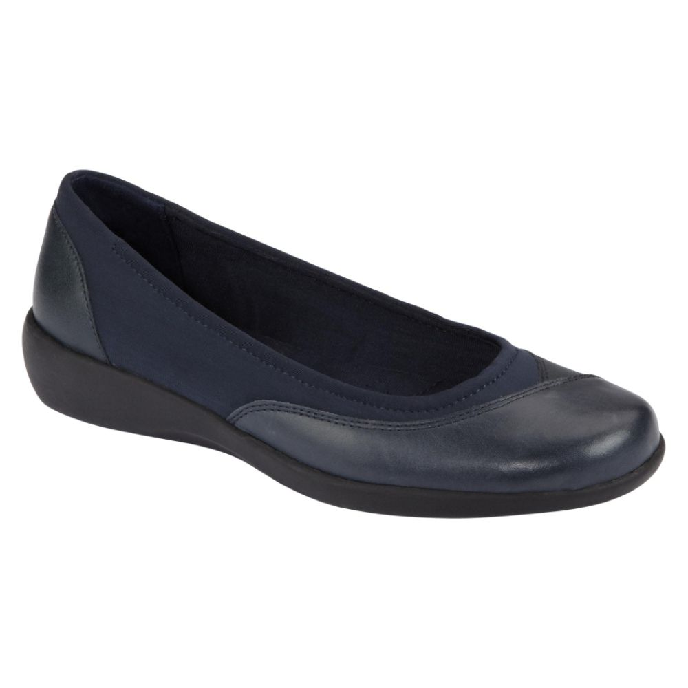 Cobbie Cuddlers Women's Eleanor Casual Shoe Wide Width - Navy $ 24.99