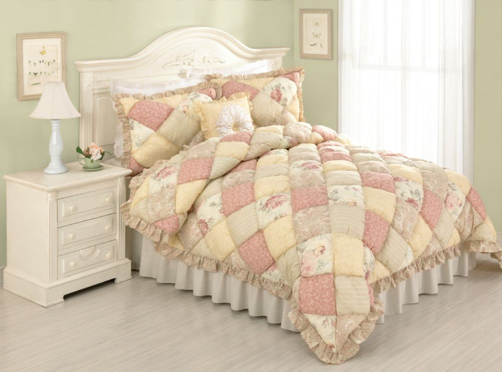 Country Living Molly Full/Queen Puff Quilt Pink