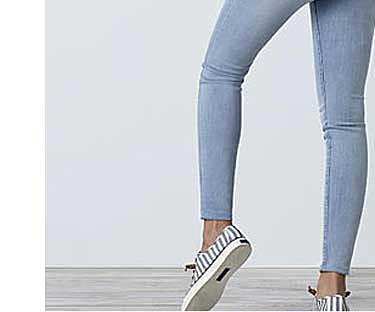 Compra uno y lleva el segundo al 50% de descuento en jeans Roebuck & Co. para ella en Sears